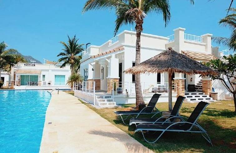 Oriental Beach Pearl Resort