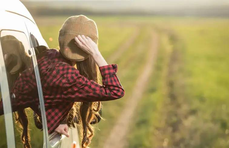 """จงอย่าอิจฉาคนอื่น แต่จงใช้ชีวิตให้คนอื่นอิจฉา """"ข้อคิดดีๆ"""""""