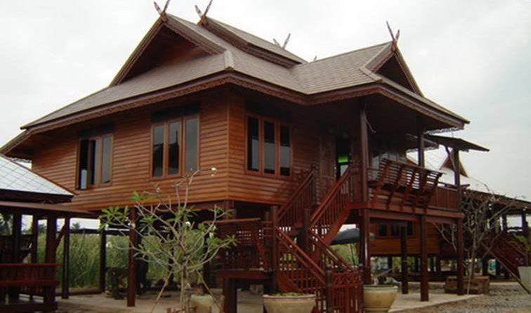 แบบบ้านทรงไทย เรือนไม้ทรงประยุกต์ใต้ถุนสูง