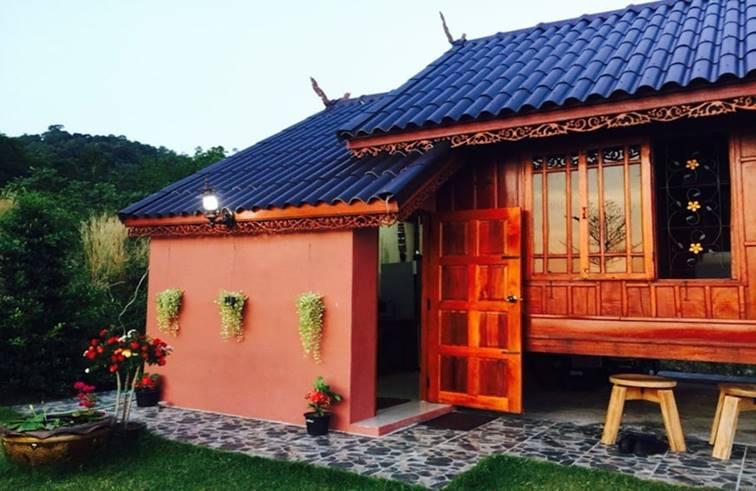 บ้านไม้ทรงไทยประยุกต์ สวยเนี๊ยบน่าอยู่