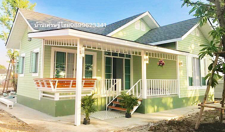 บ้านอิงลิชคันทรี ตกแต่งในโทนสีเขียวพาสเทล 2 ห้องนอน 1 ห้องน้ำ พร้อมเฉลียงหน้าบ้าน พื้นที่ 75 ตร.ม.