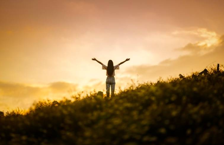 เขาไม่เคยเห็นค่าในความรักของคุณ ก็อย่าเสียเวลาชีวิตพิสูจน์ความจริงใจในความรักของคุณเลย
